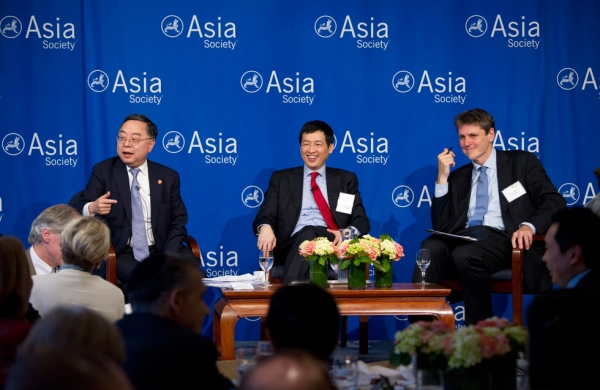 Ronnie Chan (L) and Johnny Mok (C) participate in a discussion moderated by Asia Society Executive Vice President Tom Nagorski (R) on June 27, 2014 at Asia Society New York. (Elena Olivo/Asia Society)