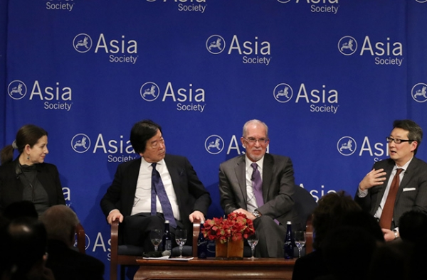 L to R: Barbara Demick, Hitoshi Tanaka, Evans J.R. Revere, and Victor Cha discuss security in Northeast Asia (Ellen Wallop/Asia Society)