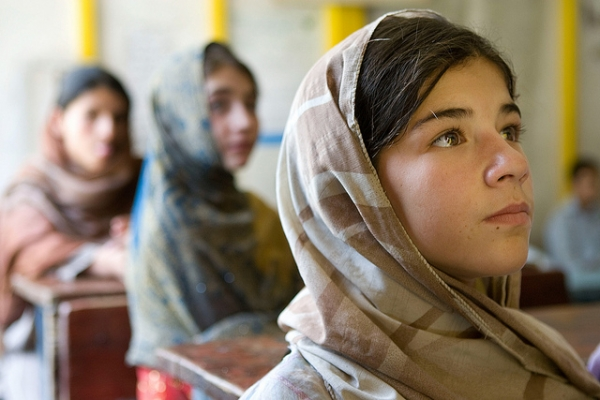 Girls attending school in Afghanistan. (Asian Development Bank/flickr)