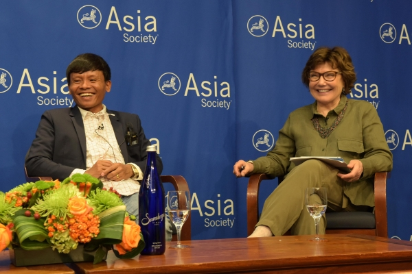 Irrawaddy correspondent Lawi Weng enjoys a light moment with NPR correspondent Deborah Amos, who moderated a conversation about the challenges of covering the Rohingya.