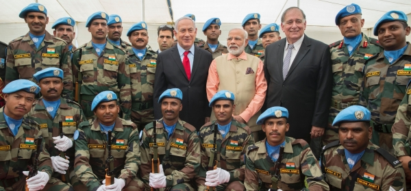 Narendra Modi and Benjamin Netanyahu with Indian peacekeepers