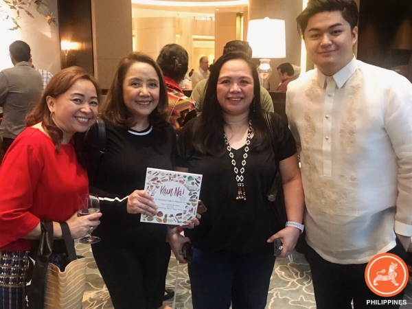 Friends enjoying the launch of Kain Na (L-R: Joy Alampay, Executive Director of Asia Society Philippines; Pearl de Guzman, Baby Pat's Ensaymada; Cyrene dela Rosa, Food Writer; Jose Miguel Angeles, President of The Kitchen Bookstore)