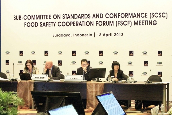 Delegates attend the APEC Sub-Committee on Standards and Conformance Food Safety Cooperation Forum Meeting in Surabaya, Indonesia on April 13, 2013.