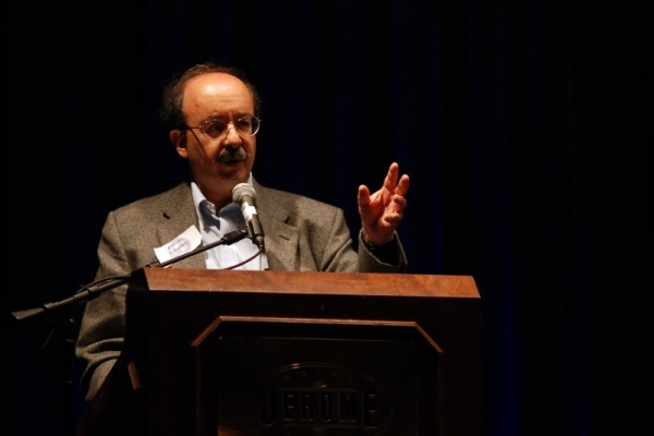 Amory Lovins addresses an audience at an event in 2012.