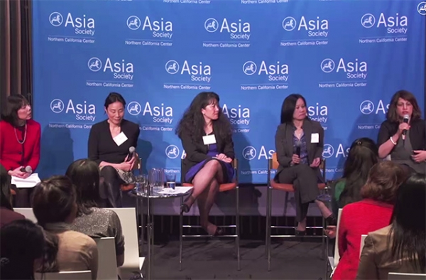 Janet Wong (L) moderates a panel on Asian Pacific women leaders with (L to R) Janet Yang, Anna Mok, Leona Tang, and Purnima Kochikar.
