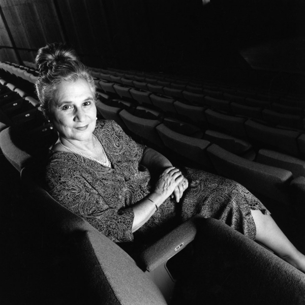 Beate Sirota Gordon in the auditorium of Asia Society's New York headquarters in 1987. (Mark Stern)
