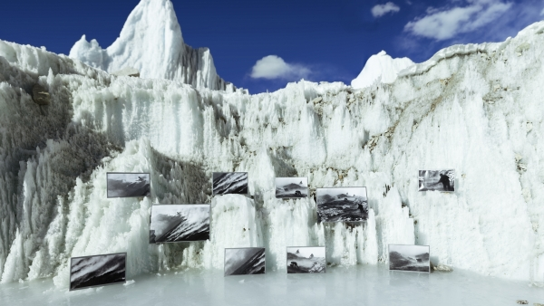David Breashears: Ice Gallery, Main Rongbuk Glacier, Mount Everest, 2011. (GlacierWorks)
