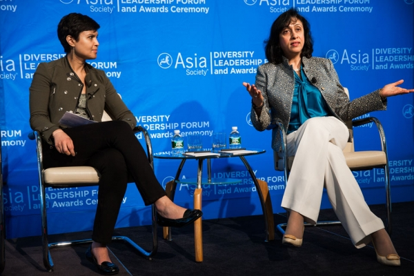 Opening Keynote Conversation with Sara Mathew, Chairman & CEO, Dun & Bradstreet (right) moderated by Stephanie N. Mehta, Deputy Managing Editor, Fortune (left)