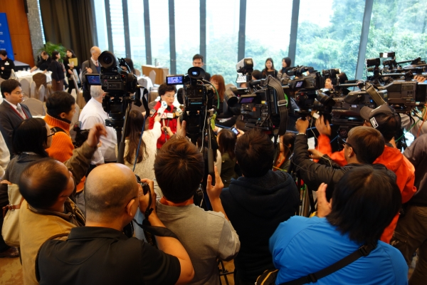 Chan's speech attracted local and regional media coverage on December 20, 2012. (Wendy Tang/Asia Society Hong Kong Center)