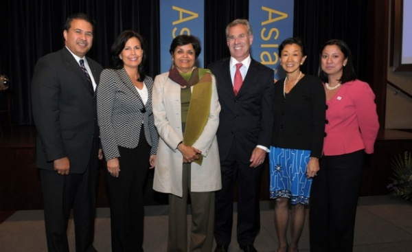 Asia Society President Vishakha Desai (3rd from left) with (L to R) Kevin Bradley, Director of Diversity at McDonald's USA; Kathy Hannan, KPMG National Managing Partner, Diversity and CSR; George Barrett, Chairman and CEO of Cardinal Health; Asia Society Trustee Lulu Wang; and PepsiCo Treasurer and Senior Vice President of Finance Tessa Hilado.