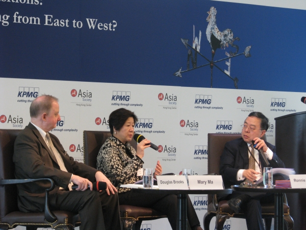 Douglas Brooks, Mary Ma and Ronnie Chan. (Asia Society Hong Kong Centre)