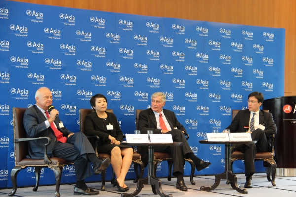 L to R: Bill Taylor, Linda Yang and George Landegger spoke with Raymond Cheng at Asia Society Hong Kong Center on June 13, 2012. (Asia Society Hong Kong Center)