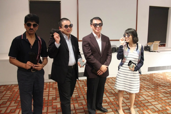 Our lucky winners posing with their new sunglasses by MUJOSH.