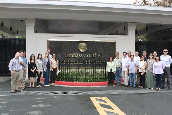 Participants at the mobile workshop held at the U.S. Embassy in the Philippines (Asia Society)
