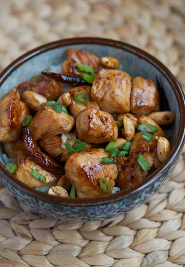 Kung pao chicken. (appetiteforchina.com)