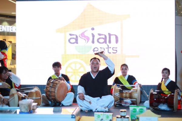 Samulnori Team of Korean Cultural Center performing at the launch