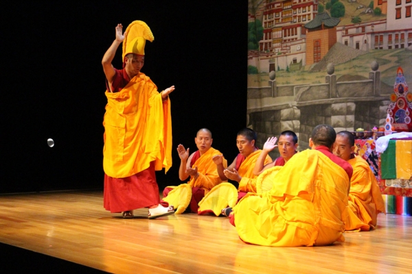 """Taksal"" (Intense Encounters of the Third Degree) –  Monks engage in a demonstration of Tibetan monastic inquiry. (Jessica Ngo)"
