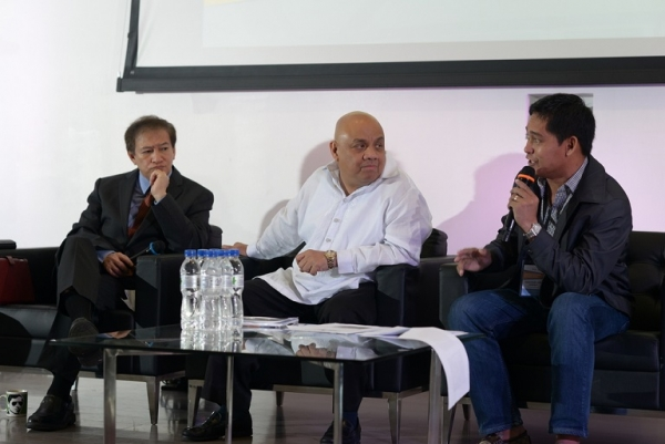"Mayor of Guiuan, Christopher Gonzales, participates in a session with Rene ""Butch"" Meily and Danny Antonio (Asia Society)"
