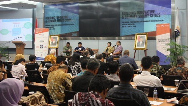A panel discussion among regional experts on building a climate smart Jakarta