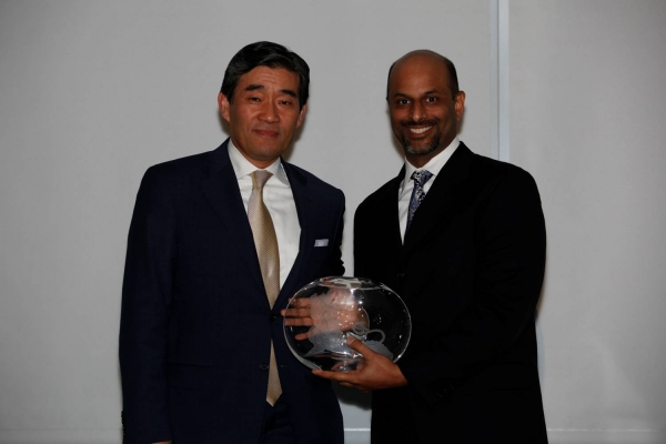 L to R: John Kim and Apoorva Gandhi