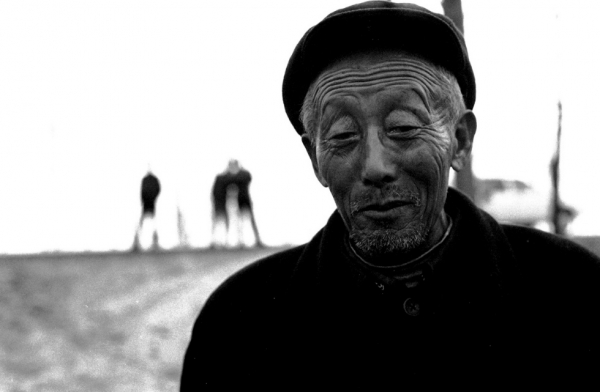 An elderly farmer in China's Anhui province in Central China. (Ryan Pyle)