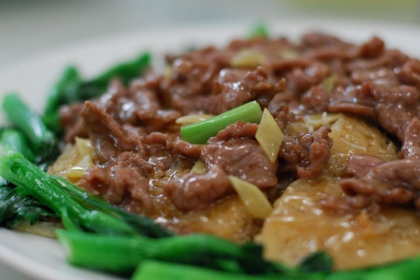Stir-Fried Beef (Photo by sunday_driver/flickr)
