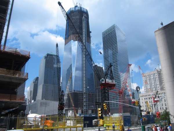 The Freedom Tower under construction at 1 World Trade Center, where Chinese investors have signed major leases. (Dan Nguyen/Flickr)