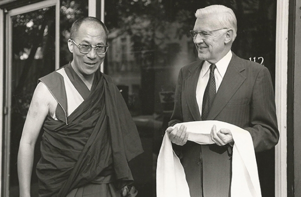 The Dalai Lama meets Asia Society President Phillip Talbot in 1979. (Nancy Crampton)